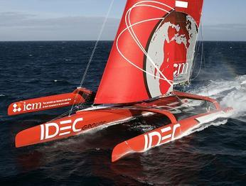 IDEC bateau de Francis Joyon pour la route du rhum 2010