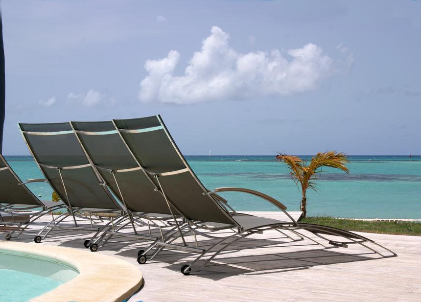 Imaginez !! assis dans ce transat de la Villa de Luxe, à regarder les bateaux de la Route du Rhum en Guadeloupe??