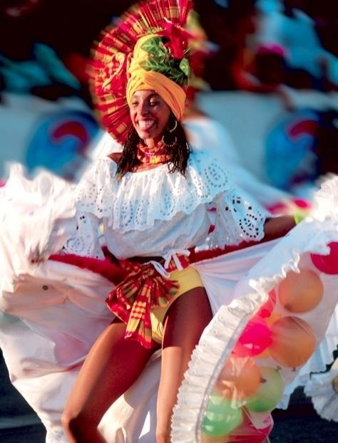 Saint François Carnaval Guadeloupe près des villas