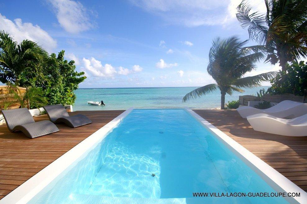 Plus de villas, plus de confort, plus de services pour 2011 pour plus de LUXE en Guadeloupe à St François