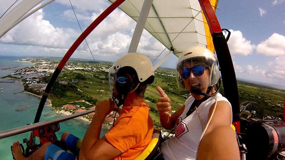 vol pendulaire aérodrome saint François Guadeloupe juste au dessus des villa boubou luxe en Guadeloupe