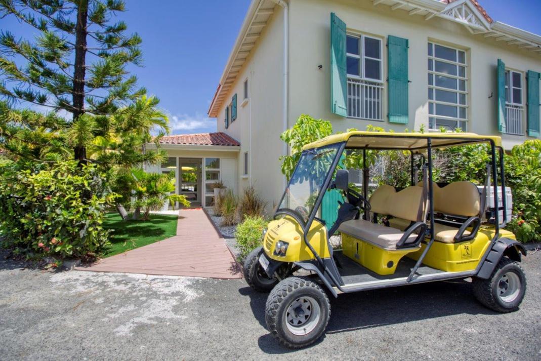 La BoubouMobile place de l'église à Saint François