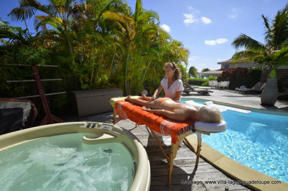 Massage dans les villas