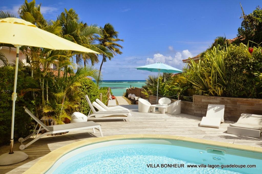 Villa Luxe Guadeloupe Bonheur, la terrasse, le lagon